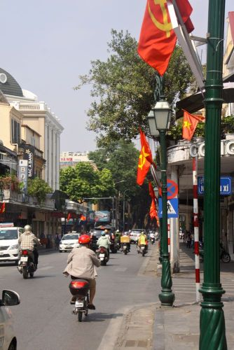 street-flags-1